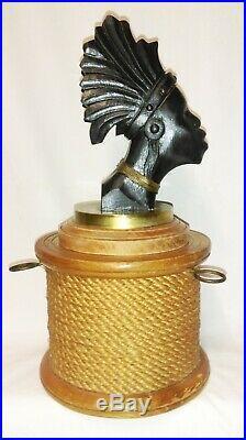 ANCIENNE BOITE A TABAC AFRICANISTE EN BOIS ET RAPHIA 1950's