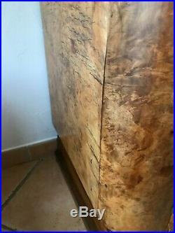 Bahut enfilade de style Art déco en bois massif plaqué en loupe dorme