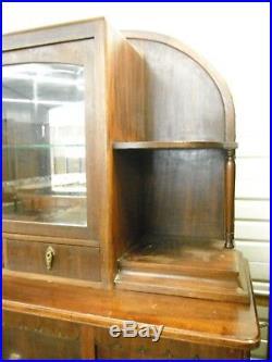 Buffet vitrine bois massif meubles art deco France ca 1930