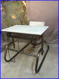Bureau d'écolier Vintage Américain entièrement réglable (bois et fer)