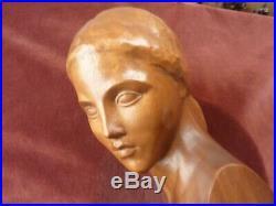 Buste de femme art deco en bois signé gennarelli, H31cm, tres bon etat