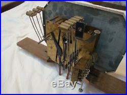 Carillon 10 tiges 10 marteaux 4 Airs bien entretenu qui fonctionne. Romanet ODO