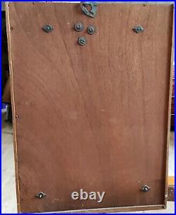 Carillon Vedette de 1955 bon état, fonctionne, cadran vert et or, 50x37x14 cm