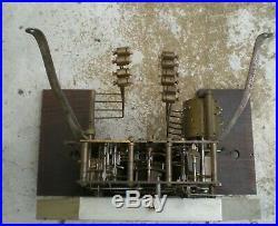 Carillon ancien Manufrance à 10 tiges et 10 marteaux gros rouleau no ODO Morbier