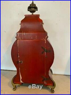 Cartel a poser Bois laqué rouge Décor Chinois XX siècle Pendule Horloge