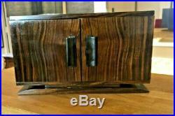 Cave a cigare Ebene Macassar ebony Ruhlmann Cigar humidor Art Deco period 1930