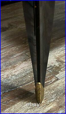 D'après Leleu Vitrine époque art déco en acajou et bois noirci. (ref11524)