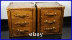 Décorative Antique Paire De Cuir Fait à la Main 3 Dessin Short Côté Table Coffre