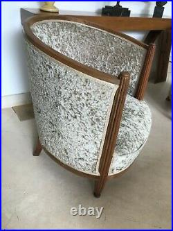 Deux fauteuils tonneaux art déco daprès Paul Follot (1920-1929)