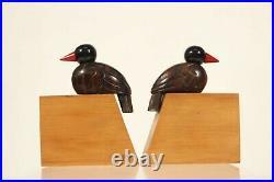 G. Gaspar France Paire de serre livres oiseaux en bois circa 1950 Art Déco