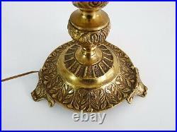Girandole, lampe candélabre en bronze et pampilles en verre, bougies en bois