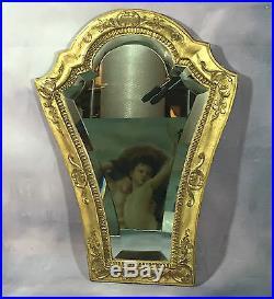 Glace / Miroir Ancien En Bois Et Stuc Doré Avec Miroir Biseauté De 49 CM De Haut