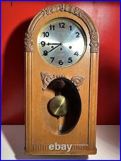 JUNGHANS c. 1930 Carillon Art Déco 8 Marteaux 8 Tiges Pendule Alemmand