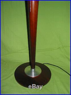 Lampe art déco signée MAZDA en bois et en métal en super très bon état tres bell