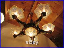 Lustre Art Deco En Cuivre Et Bois Tulipe Verre Opalescent Signe Ezan