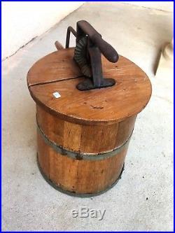N°1 ancienne baratte en bois / art populaire / déco chalet XIXe