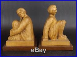 Paire de Sculptures, Serre Livre en Bois. Signé L. Lambo 1950. Chinois, Chinoise