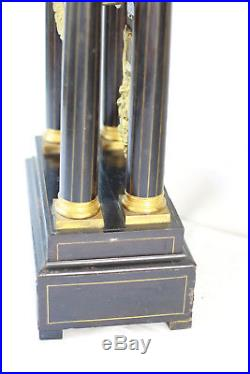 Pendule portique bois à colonnes style NIII clock