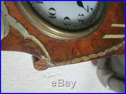 Pendulette bois 1920 avec inscrustations de nacre MODERNA