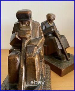 Serres-livres Art Déco cubistes modernistes bois sculpté signés sculpture