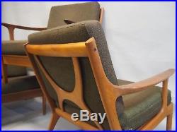 Suite de 3 fauteuils scandinaves Vintage en bois exotiques