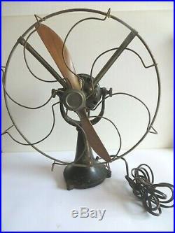 Superbe ventilateur art déco en métal 1930 hélice d'avion en bois. Rare