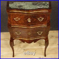 Tables de chevet paire de meubles italiens en bois incrusté marbre style ancien