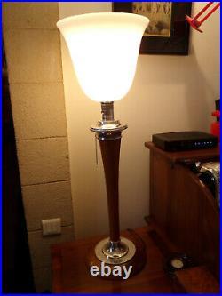 Très Belle lampe art déco MAZDA NOYER CLAIR ET CHROME ALU bois massif en parfai